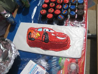 Awe Inspiring Novelty Cake Pan Lightning Mcqueen 13 75X6 25X2 75 Walmart Birthday Cards Printable Opercafe Filternl