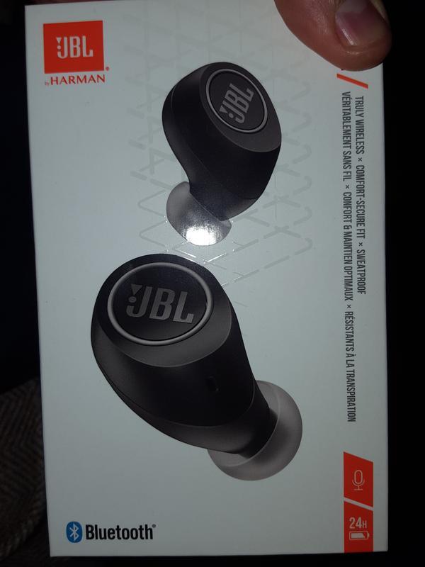 JBL Free Truly Wireless In-Ear Headphones (Black)