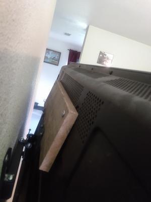 HDMI 50/' TVs Tilt and Swivel Articulating ONN Full-Motion Wall Mount for 10/'