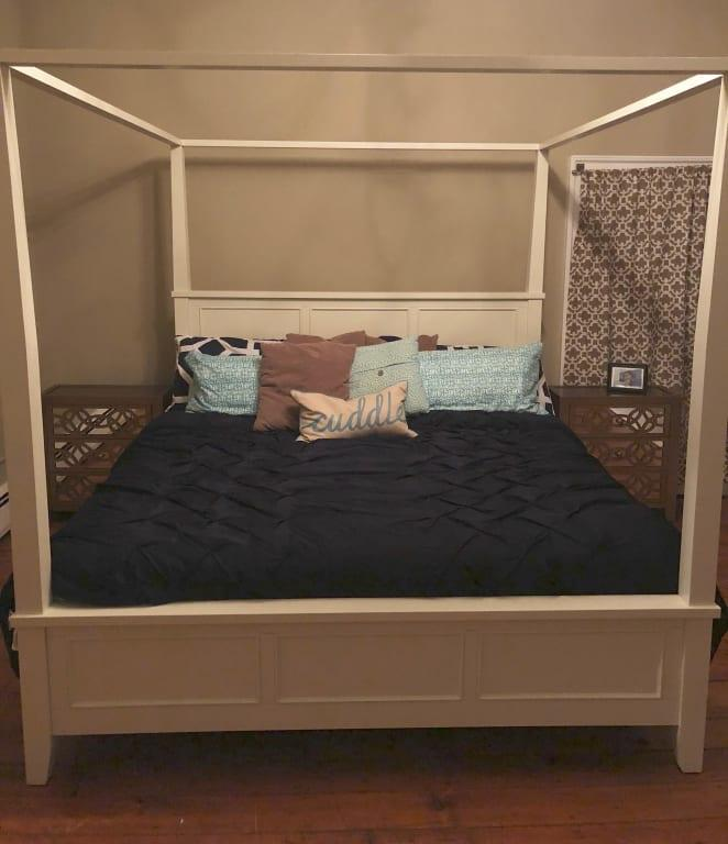 Naples White Queen Canopy Bed, Naples White Queen Canopy Bed