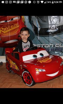 a5f801231d77 Disney Pixar Cars 3 Lightning McQueen 6V Battery-Powered Ride On by Huffy -  Walmart.com