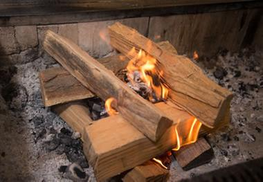 2 Pack WESTERN BBQ Pinon Mini Log Wood Pellet Firewood for Camp Fires /& Fireplaces