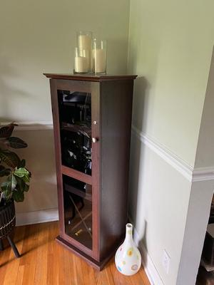 Atlantic Herrin Locking Bar Cabinet, Liquor Cabinet Lockable
