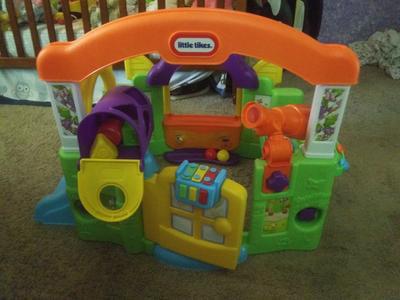 Little Tikes Activity Garden Playhouse Walmart Com Walmart Com