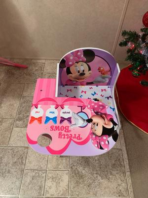 Awe Inspiring Disney Minnie Mouse Chair Desk With Storage Bin By Delta Creativecarmelina Interior Chair Design Creativecarmelinacom