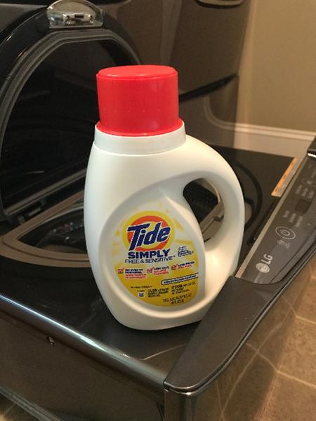 Tide Simply Free Sensitive Liquid Laundry Detergent 100 Oz 64 Loads Walmart Com Walmart Com