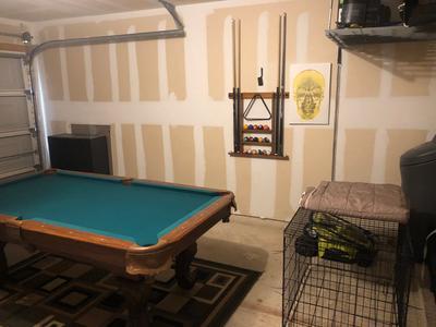 Easy Installation Wooden Billiard Pool Cue Rack Stick Holder for Clubs Vikye Wall Mounted Hardwood Billiard Cue Rack