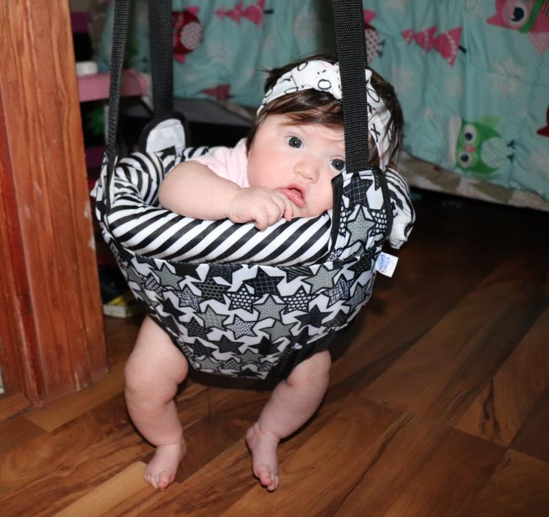 Comfortable Doorway Jumper Entertainment /& Exercise for Baby Owl