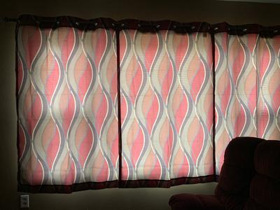 2 Mainstay Wave Print Casual Curtain