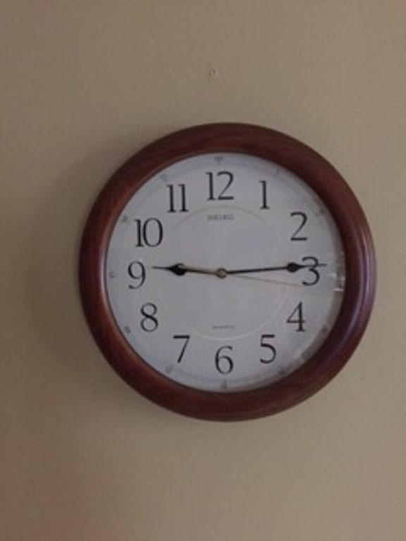 """Clock w// 14/"""" Hands /&  Silent Sweep Motor for dial up to 1//4/"""" Make a Large 28/"""""""