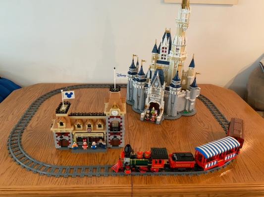 free-shipping LEGO 60205 CITY Tracks and Curves set for use with LEGO Trains