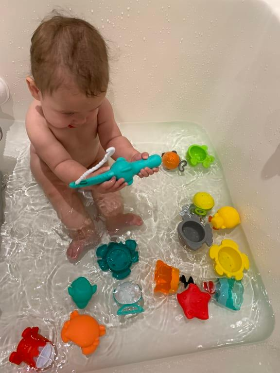 Splish /& Splash Bath Set jugete de Bano Infantino Multicolor 305076
