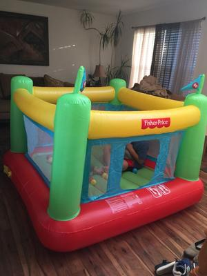 Fisher Price 69 X 68 X 53 Bouncer With Built In Pump And 50