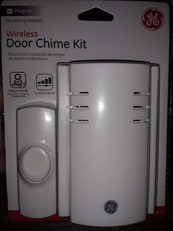 A1 New GE 19299 150 feet Range Plug-In Wireless Door 8 Chimes with Push Button
