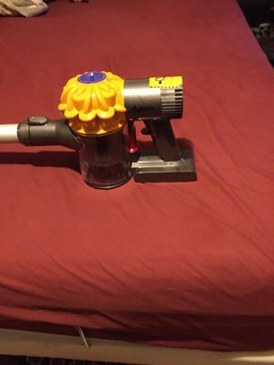 Dyson Cordless Vacuum with V6 Motor (DC59 Slim)