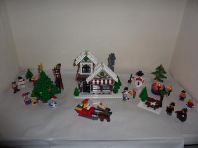 Christmas Carol Singers Figurines.Lego Building Toys New Lego Boy Girl Caroler Minifig Head