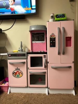 Disney Princess Style Collection Gourmet Smart Kitchen Walmart Com Walmart Com
