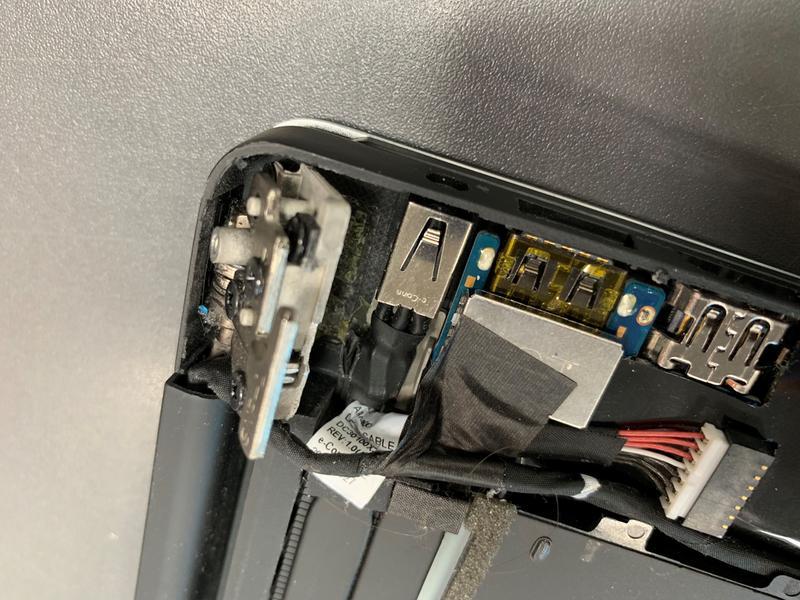 Dell XPS 15 9570 Laptop, 15 6