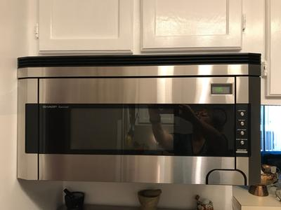 Sharp R1514t 30 Wide 1 5 Cu Ft Over The Range Microwave With Sensor Cooking