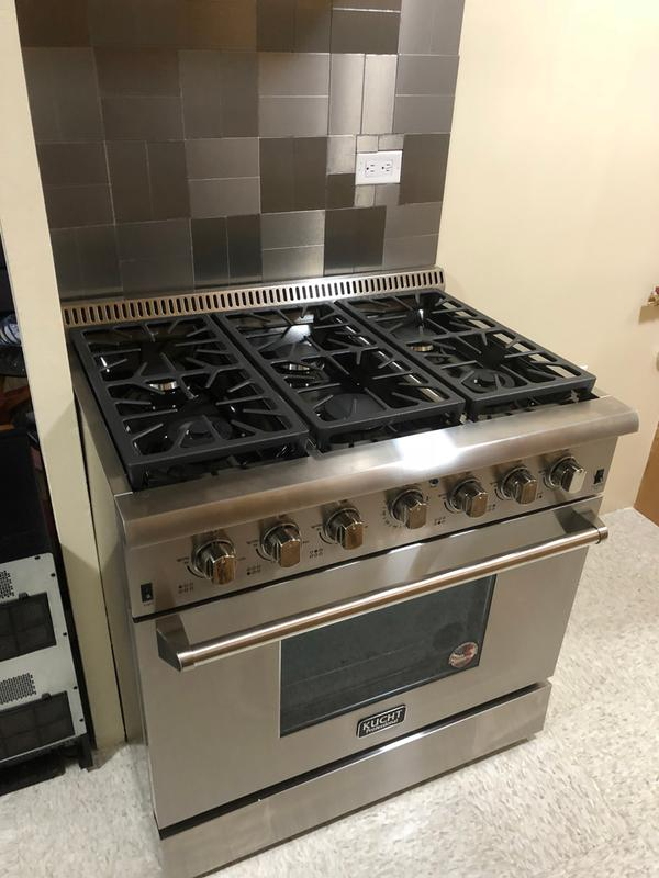 KUCHT Professional 36 in  5 2 cu  ft  LP Gas Range with Sealed Burners and  Convection Oven in Stainless Steel