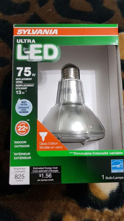 Replacement for 75W using 13W White Indoor//Outdoor 825 Lumens PAR30LN Sylvania Home Lighting 74061 Sylvania Ultra LED