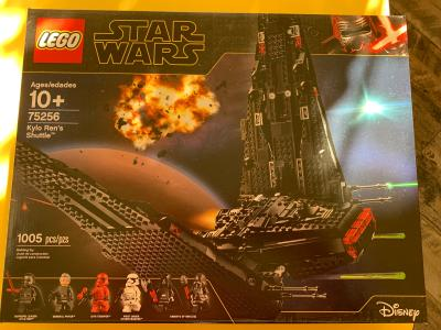 Lego Star Wars The Rise Of Skywalker Kylo Ren S Shuttle 75256 Walmart Com Walmart Com