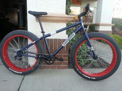 26 Mongoose Dolomite Men S 7 Sd Fat Tire Mountain Bike Navy Blue Red Com