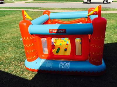 Fisher Price 69 X 68 X 53 Bouncetastic Bouncer With 50 Play Balls