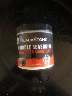 Blackstone Griddle Seasoning and Conditioner 1 Bottle of 2-In-1 Griddle Formula Case Pack 1
