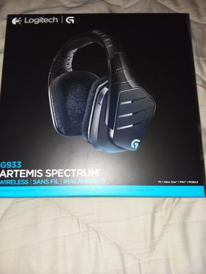 Logitech G933 Artemis Spectrum Wirless 7 1 Gaming Headset