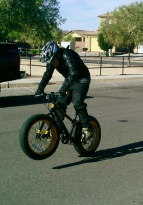 20 Mongoose Massif Boys Fat Tire Mountain Bike Black Yellow