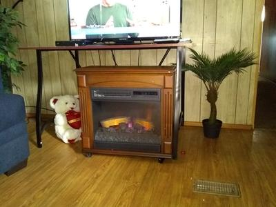 Swell Chimneyfree Rolling Mantel Infrared Quartz Electric Fireplace Space Heater Download Free Architecture Designs Photstoregrimeyleaguecom