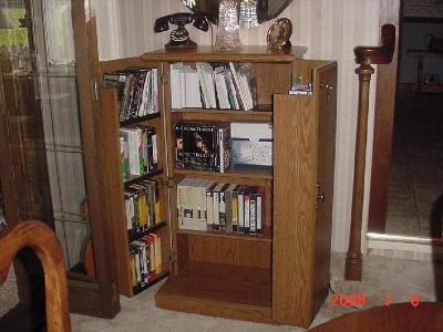 Merveilleux Sauder Orchard Hills Multimedia Storage Cabinet, Carolina Oak