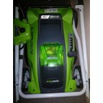 Greenworks 16 Inch 40v Cordless Lawn Mower 4 0 Ah Battery