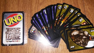 Mattel Games Uno Licensed Justice League Card Game FDV59