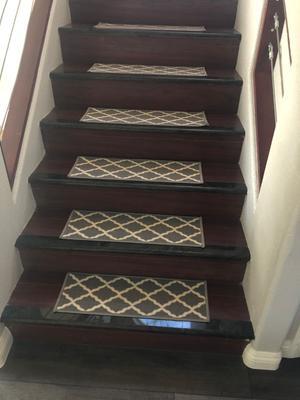Ottomanson PNK7023-13PK Glamour Collection Trellis Design Stair Tread 8.5 x 26 Gray
