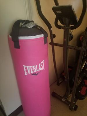7e93da7cf Everlast 70 lb Women s Heavy Bag Kit - Walmart.com