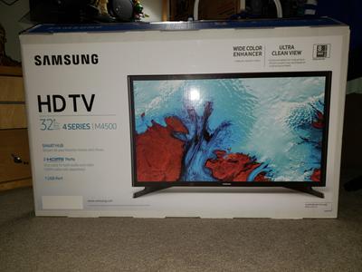 """Samsung 32/"""" 720P Class HD Smart LED TV UN32M4500 60Hz"""