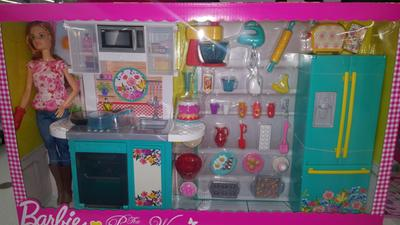 Barbie Pioneer Woman Ree Drummond Kitchen Playset With