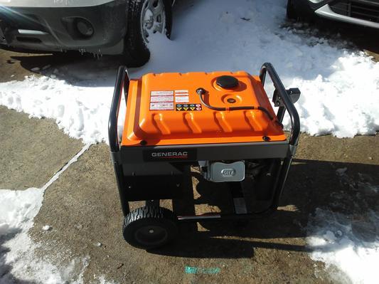 Generac 6672 5,500 Watt Portable Generator with Cord