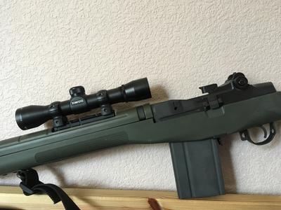 Simmons Prohunter 4X32 Handgun Scope