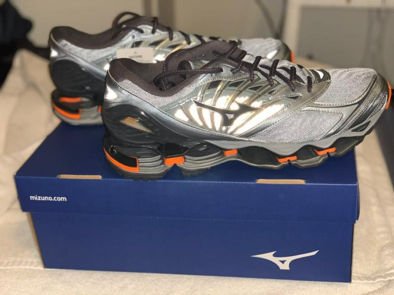 mizuno womens volleyball shoes size 8 queen zaragoza youth